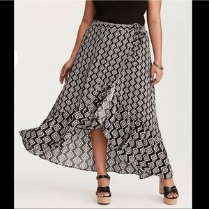 Torrid Hi Low Skirt